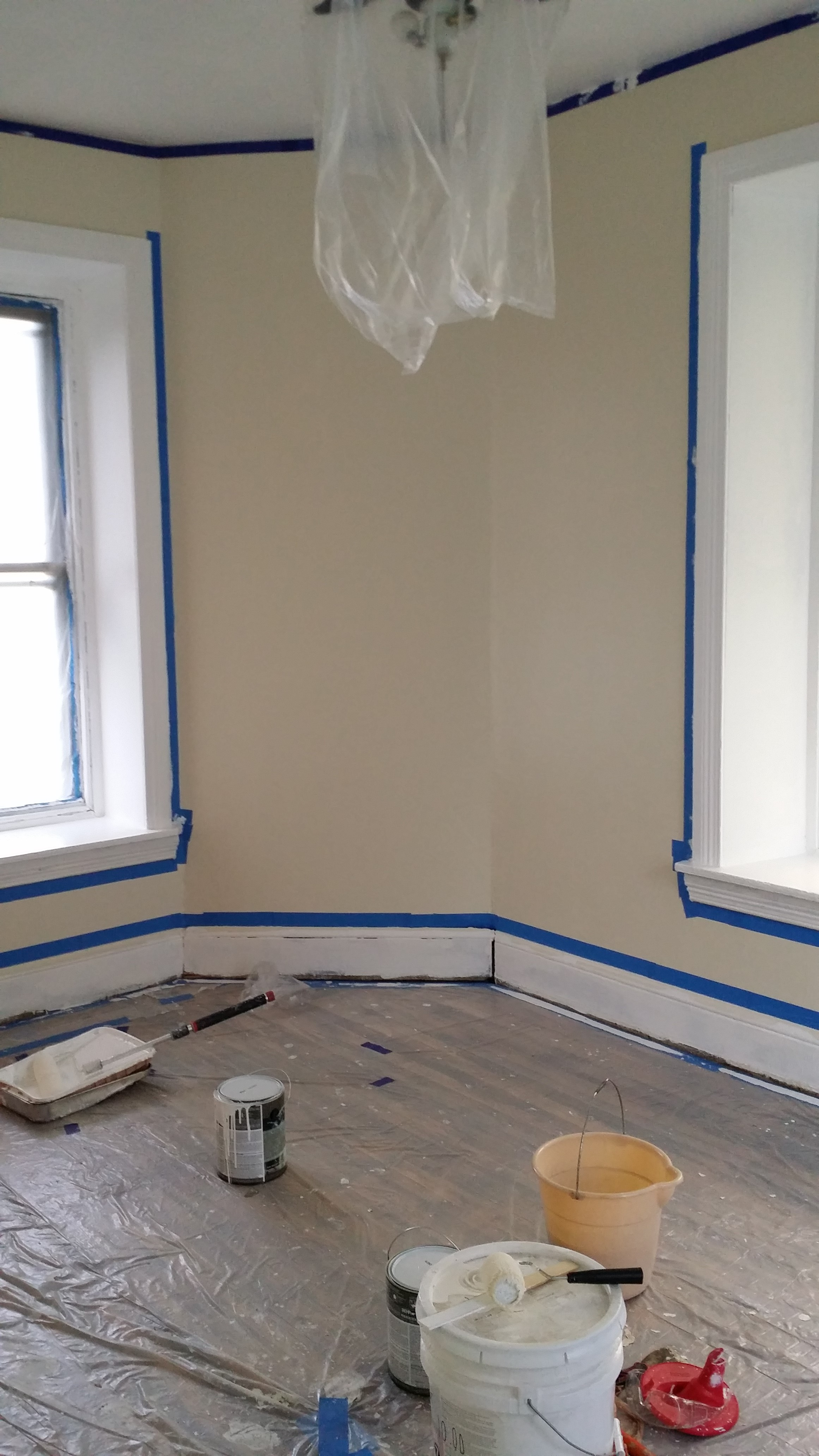 Bedroom walls primed and painted.