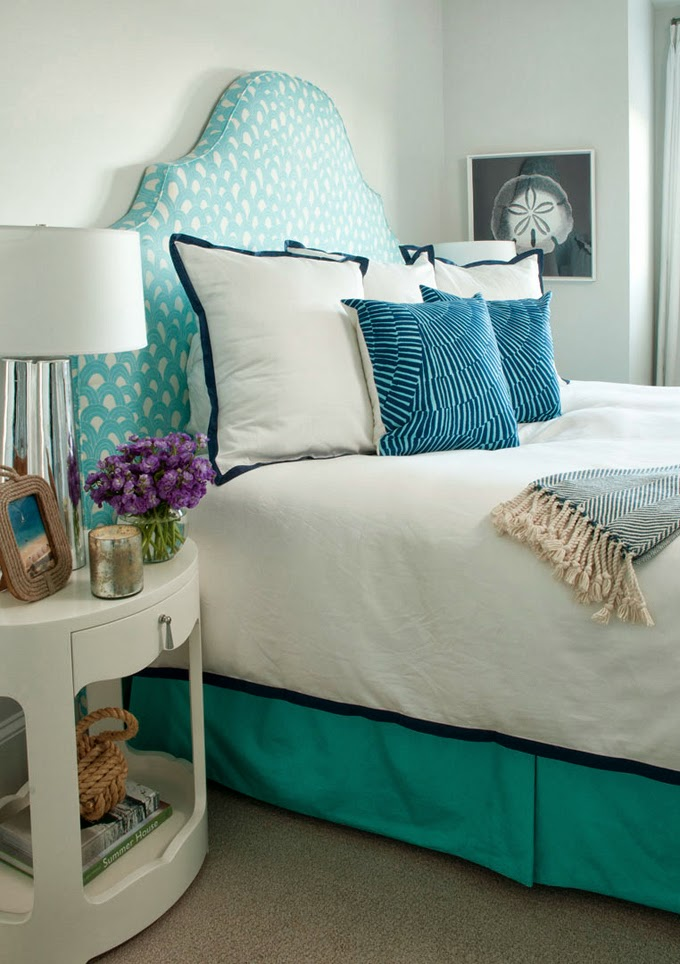 Liz Carroll turquoise bed