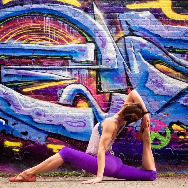 yoga-street-art